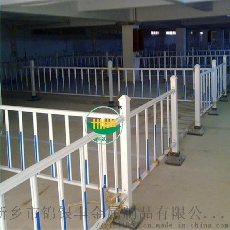 河南郑州开封耐用道路护栏 热镀锌道路护栏 道路护栏网站
