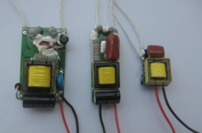 LED不閃爍可控矽調光碟機動電源