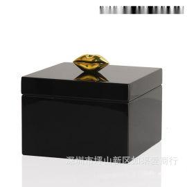 黑色正方形木质烤漆金色嘴唇合金首饰盒欧式创意客厅卧室酒店摆件