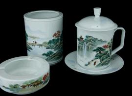 定做陶瓷烟灰缸加工陶瓷笔筒烟灰缸茶杯办公三件套定制
