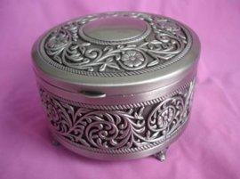 古锡珠宝盒