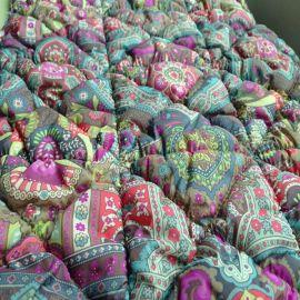 供应间棉加工绗缝棉,寸半格,2X3菱形,直条各种花形裥棉