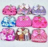 新款创意搭扣零钱包 高档女士随手收纳包 工艺品级小钱包 钥匙包