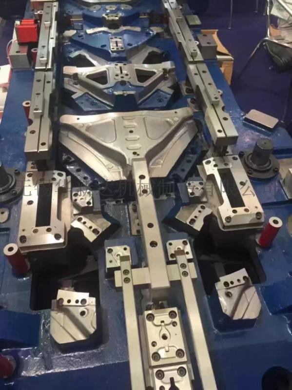 不锈钢汽车配件模具,级进模具,五金模具