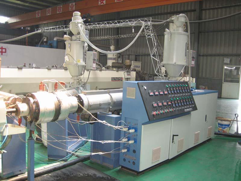 青岛隆昌捷机械制造PE硅芯管线