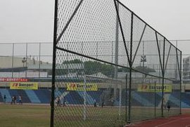 永牌绳网公司提供耐晒抗紫外线球场防护网,尼龙围网,