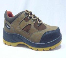磨砂皮登山鞋 (D918-105B)