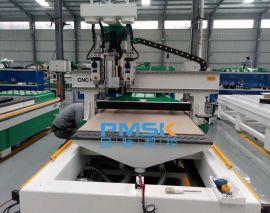 品脉数控M6双主轴排钻开料机用于高效加工橱柜、办公家具