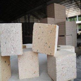 鲁博板材木托盘脚墩用四面挤压刨花板块,不掉渣刨花板块