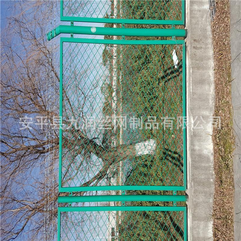 钢板状护栏 高速护栏钢板网 护栏网价格
