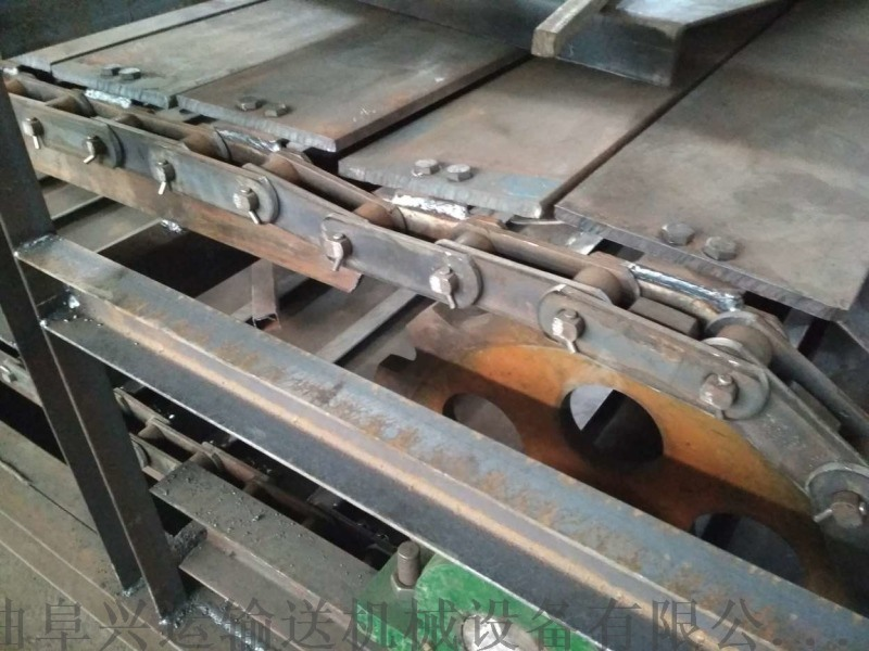 大型板鏈輸送機新品 鏈板輸送機技術