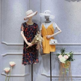 便宜女装批发十六道街她衣柜电话号品牌女装批发女式风衣希  装女装地摊什么衣服流行