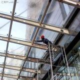 广州专业更天面雨棚玻璃安装