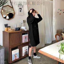 露韵诗深圳高端折扣女装批发 服装民族尾货批发 一二线品牌女装折扣批发