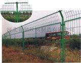 河北赛喆丝网专业生产1.8米高框架式公路隔离栅