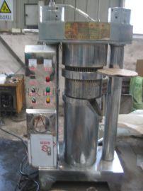 优等品诚信厂家液压香油机韩式液压榨油机全自动液压榨油机