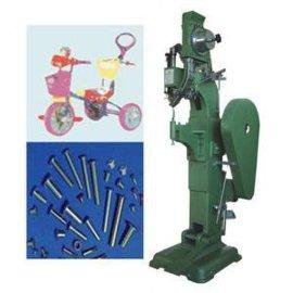 中型铆钉机(WL—2001)