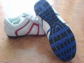 库存运动鞋