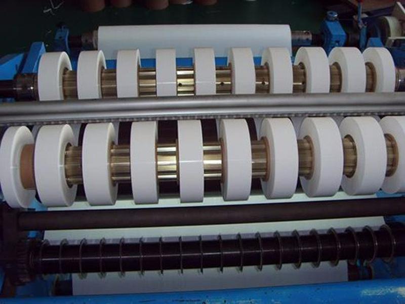 金韦尔PE锂电池隔膜双向拉伸生产线