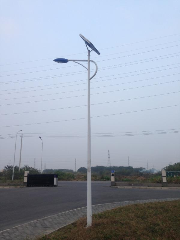 邵阳 厂家**太阳能路灯 浩峰照明值得信赖太阳能路灯