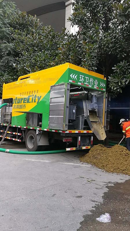 养殖场粪便处理吸粪车,分离式吸粪车