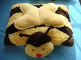 毛绒蜜蜂抱枕