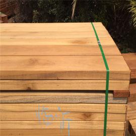 鄂州地区买印尼菠萝格碳化木栅栏室外地板室外厂家报价