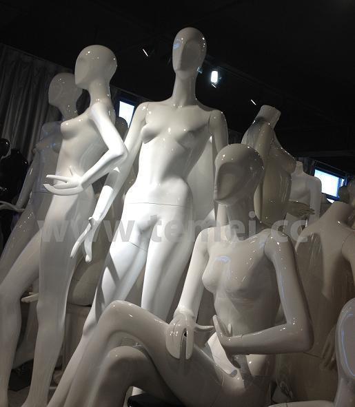 女装玻璃钢模特