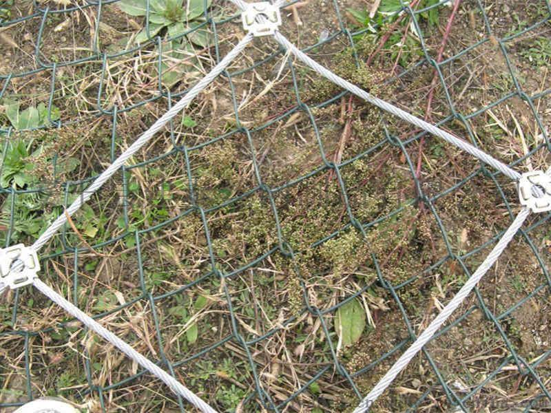 主动边坡防护网作用