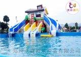 山东青岛移动水上乐园,水滑梯和支架水池的排列组合