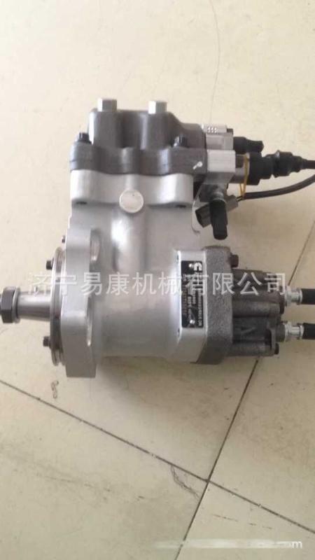 22吨旋挖钻发动机高压油泵 康明斯QSL9
