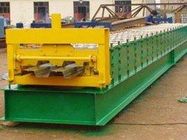 688型楼承板成型设备