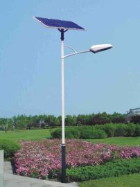 四川6m太陽能路燈現貨,仿古太陽能庭院燈廠家