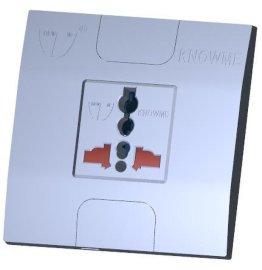 86型安装板埋入式一位带安全门万用插座