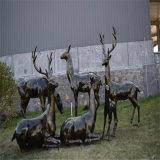 玻璃钢仿铜鹿雕塑 公园鹿群雕塑情景小品