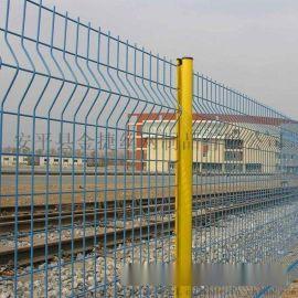 小区围墙铁丝网,绿化浸塑围栏网,桃型柱护栏厂家