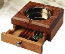 单抽烟灰缸