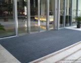 世茂皇家艾美酒店舖設的強力刮沙除塵地墊