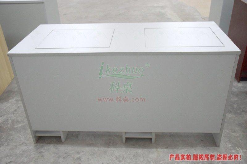 深圳边框翻转电脑桌,培训室双人电脑桌,多媒体机房电脑桌子,电教室嵌入式电脑桌,微机室学生电脑桌