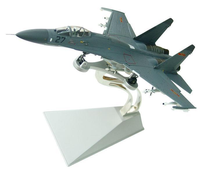 **真苏27飞机模型