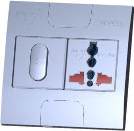 86型安装板埋入式二位单控开关带安全门万用插座