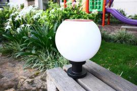 平超照明科技LED太阳能围墙柱头灯