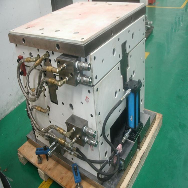 SMC模具製造, SMC模具設計成型