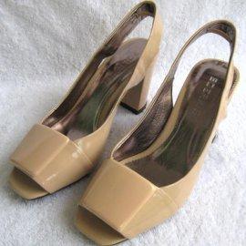 女式凉鞋(A-820)