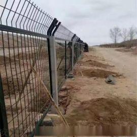 铁路防护网_铁路桥下防护栅栏——沃达专业制造