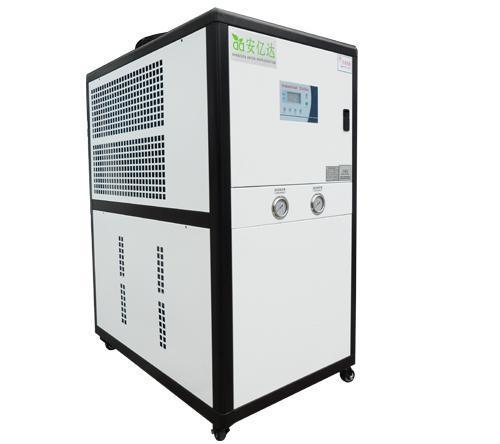 工業冷水機,水冷式冷水機,風冷式冷水機