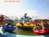 夏季水上生意火爆的儿童游乐设备激战鲨鱼岛