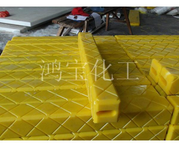 吊车支架垫板 泵车垫块 起重机减震垫板厂家