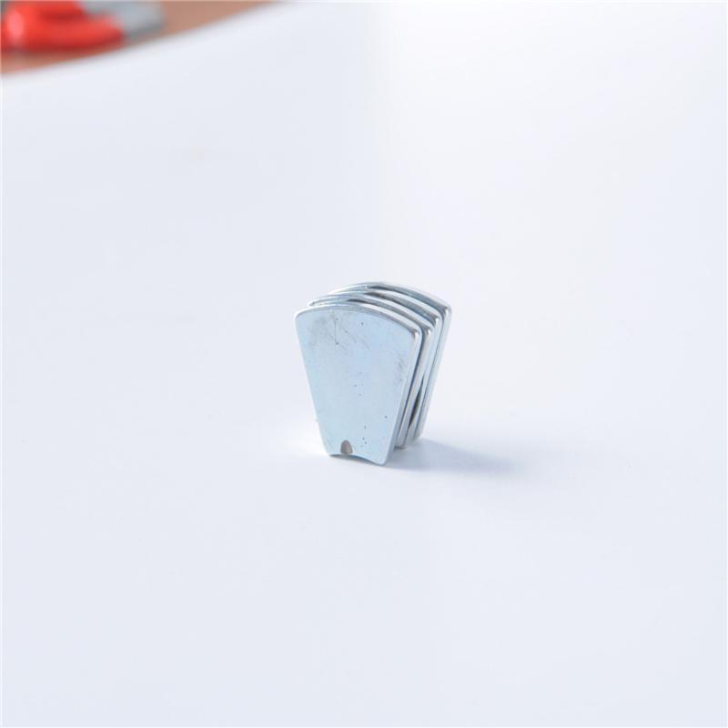 稀土永磁王 钐钴耐高温350度磁铁 D8*2 强磁磁钢 强力吸铁石