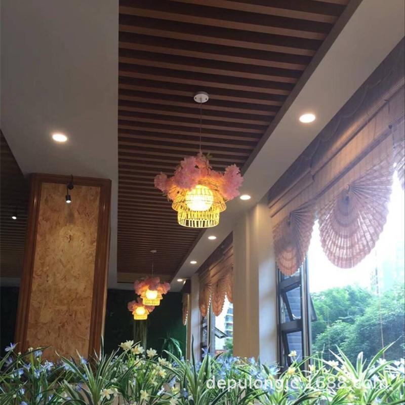 木紋鋁方通公共場所吊頂 規格齊全木紋鋁合金方通組合搭配吊頂